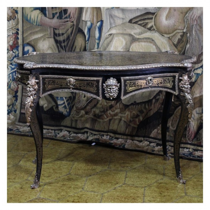 A NAPOLEON III ORMOLU-MOUNTED BOULLE MARQUETRY BUREAU PLAT. ATTRIBUTED TO BEFORT JEUNE 1848