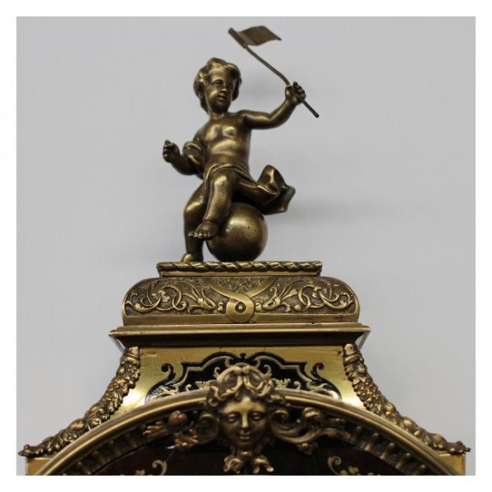 """AN 18TH CENTURY LOUIS XV BOULLE CARTEL D'APPLIQUE ET CONSOLE DE FORME VIOLONEE, SIGNED """" SAINT MARTIN A PARIS"""" CIRCA 1715-1739"""