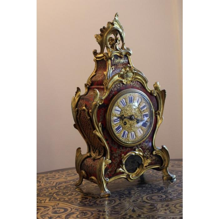 LOUIS XV ORMOLU MOUNTED BOULLE MARQUETRY CLOCK GARNITURE