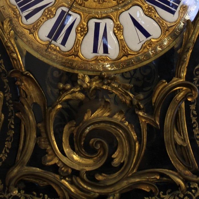 AN 18TH CENTURY LOUIS XV, ORMOLU-MOUNTED, BOULLE MARQUETRY, CARTEL CLOCK, SIGNED. CRONIER A PARIS. No. 169. CIRCA 1760
