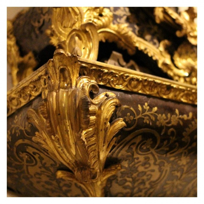 AN 18TH CENTURY REGENCE PERIOD, ORMOLU MOUNTED, BOULLE MARQUETRY CARTEL, BY DES. MARET A LAON. CIRCA. 1720