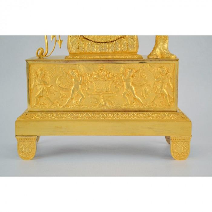 A 19TH CENTURY EMPIRE, MYTHOLOGICAL, ORMOLU, MANTLE CLOCK OF EROS, SIGNED NAVRANCOURT A BREST. CIRCA. 1815-1830.